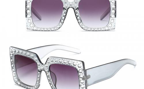 1901e7833d8 Quality Fashion Women Sunglasses Italy Brand Designer Glasses Big Frame  Crystal Square Diamonds Oversize Sunglasses uv400